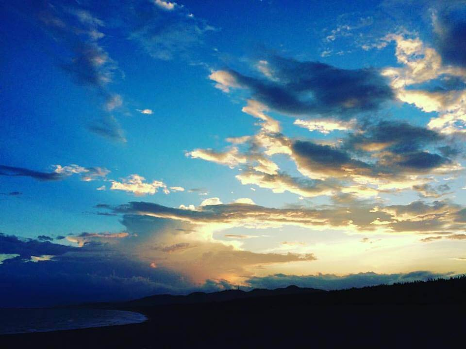 虹を追いかけて_西の空