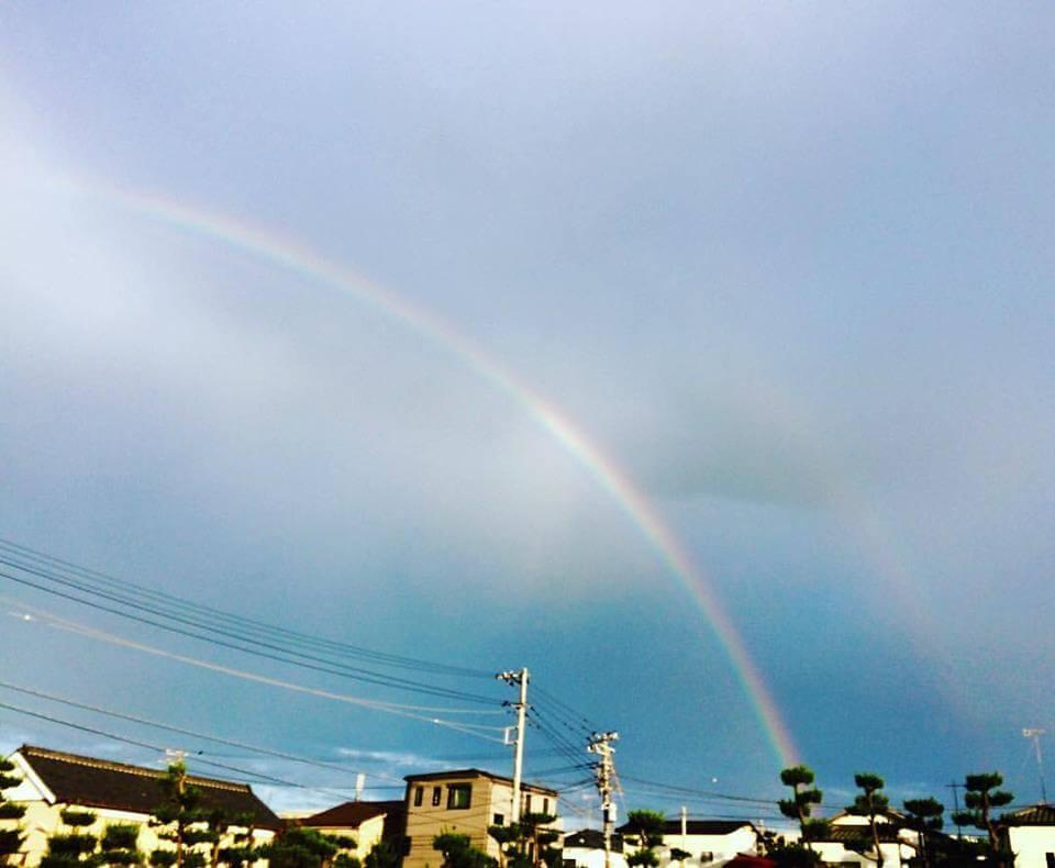 虹を追いかけて_駐車場