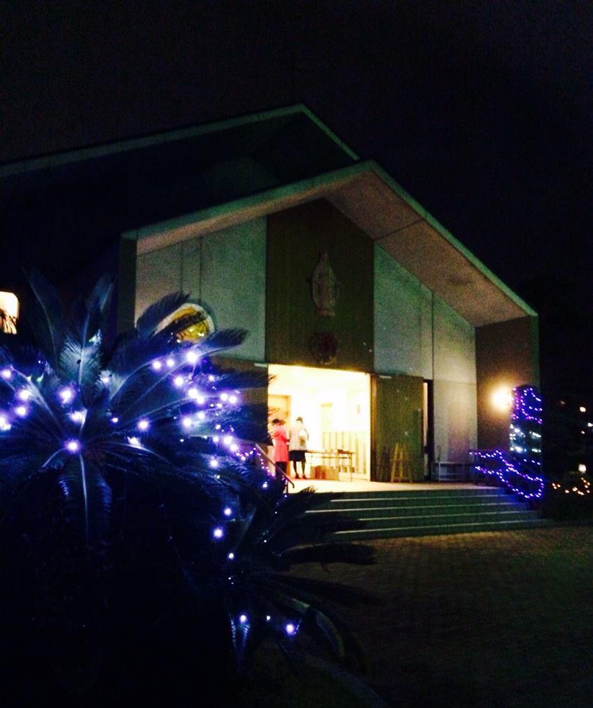 クリスマスイブのミサ、お隣の教会