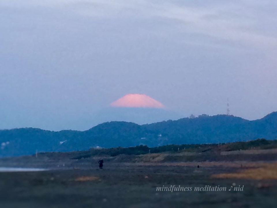 朝日2018.10.16_ 5:49赤富士