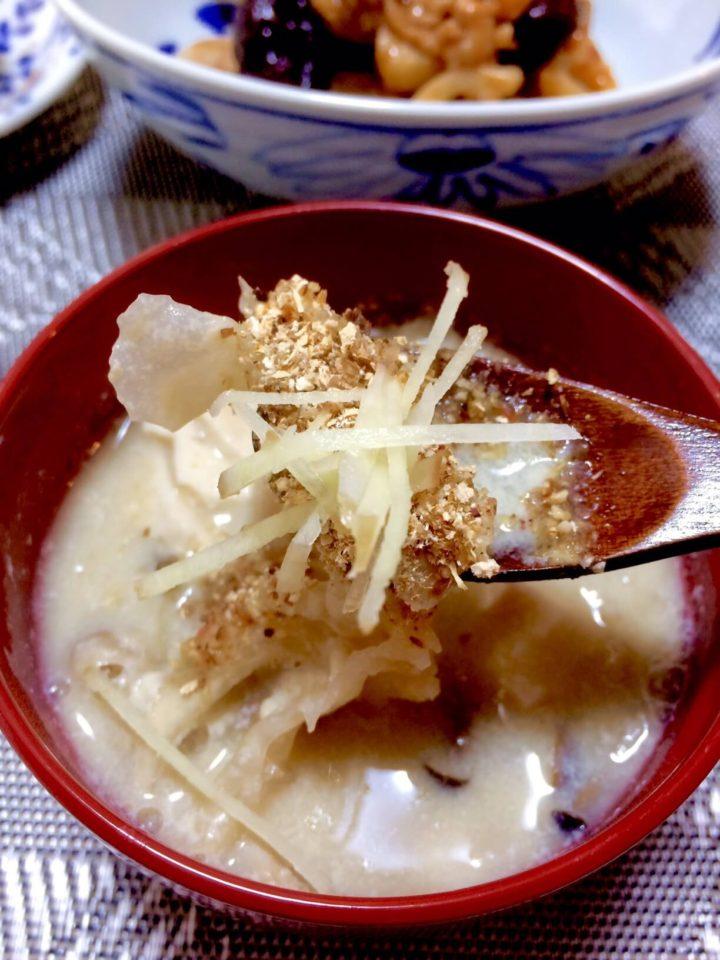 きのこの豆乳味噌スープ