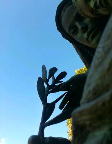 マリアブロンズ像