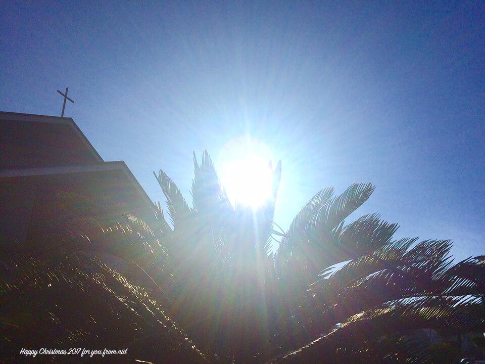 教会の朝日