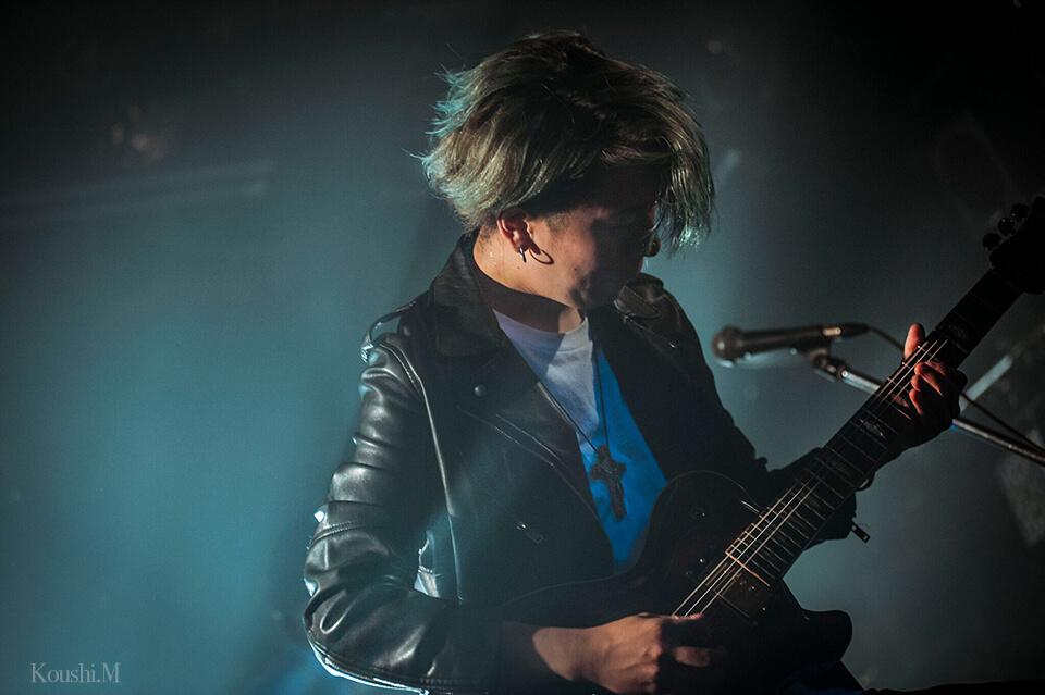 光史ギターステージブルー