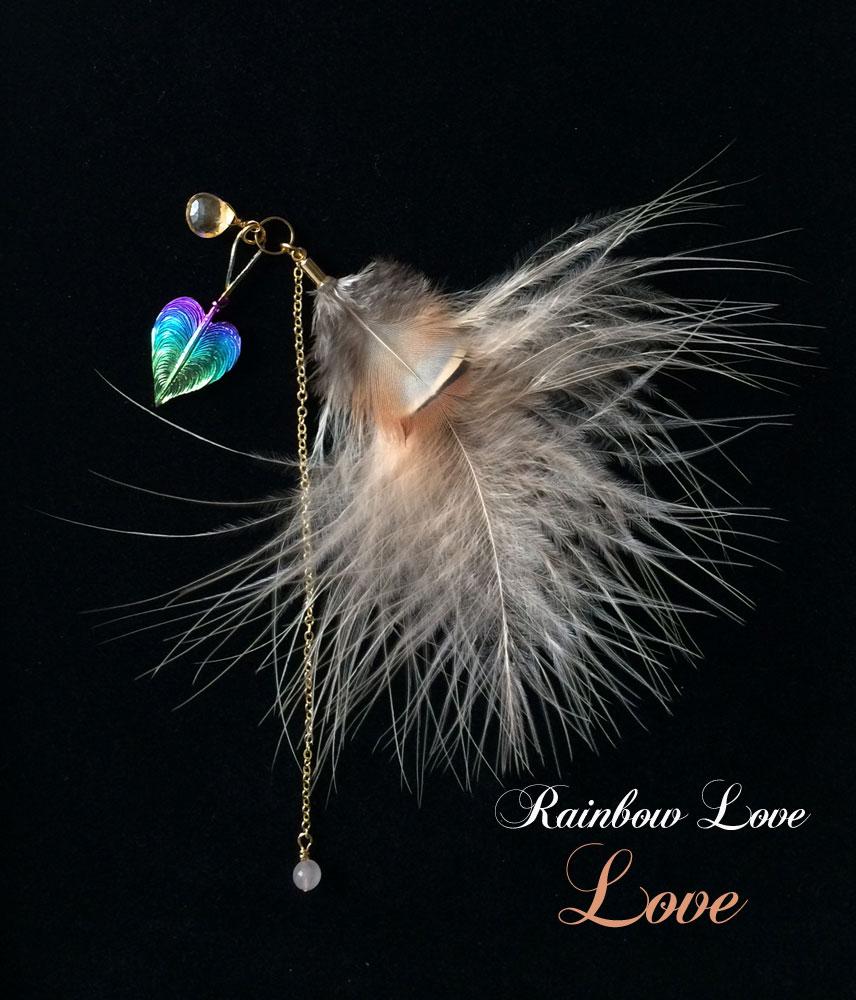 ◎Rainbow Love 『Spiritual』 マゼンダメインの虹にロイヤルブルーの羽根2枚。真っ赤なガーネットと真珠の白がいつも純真な心にしてくれます。聡明な心で愛を感じ、スピリチュアルになりたい方に♡ ジャスミンの大人の香りも素敵♡
