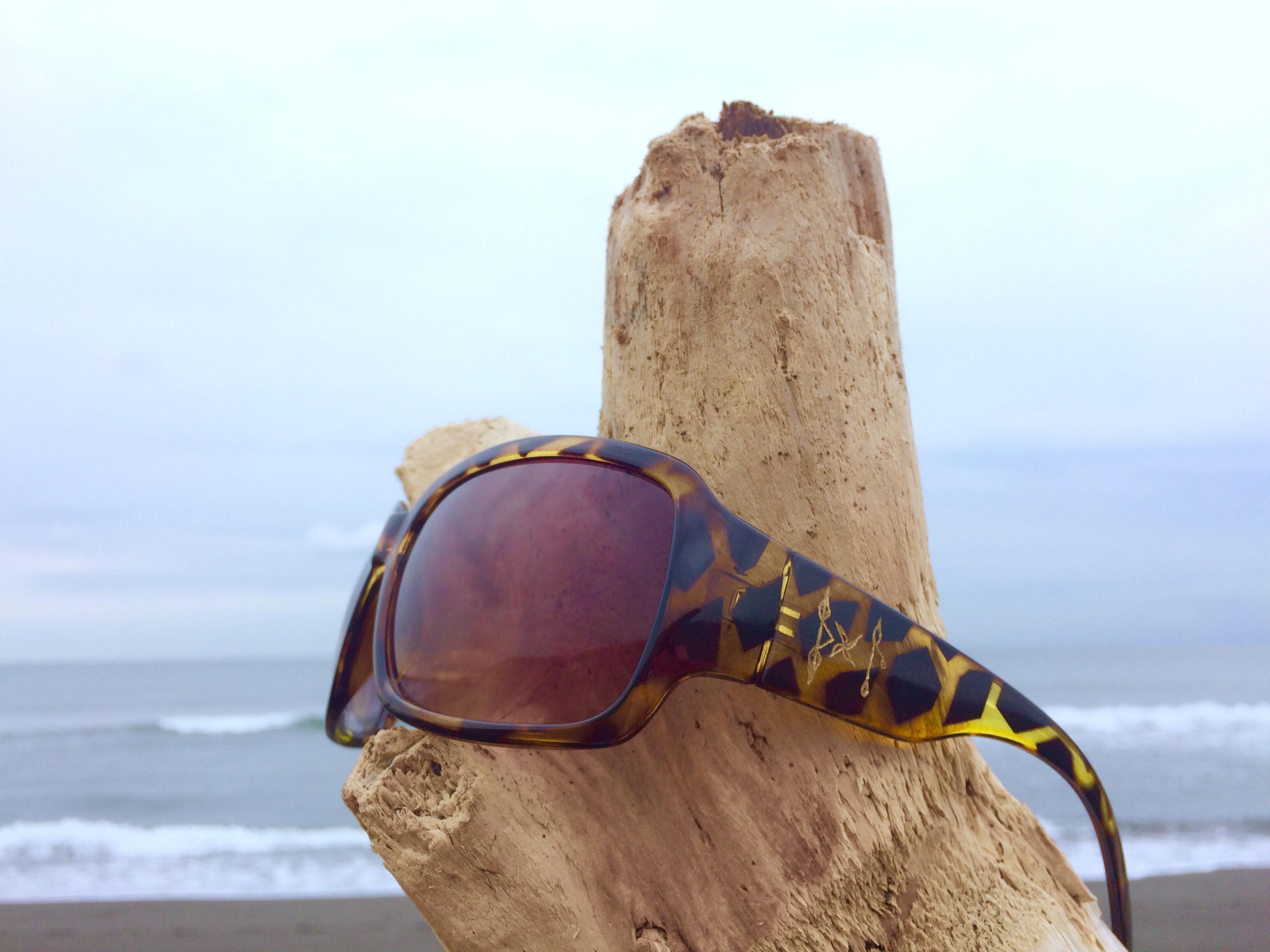 海散歩_ルーンサングラス